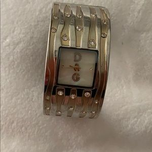 D&G cuff braceet watch